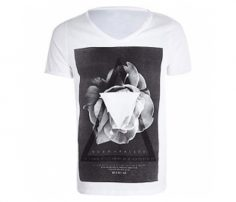 White Crab on a Plate Print Tee in UK and Australia